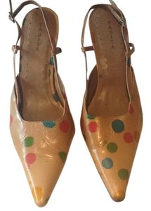 Tabita Tan Pumps