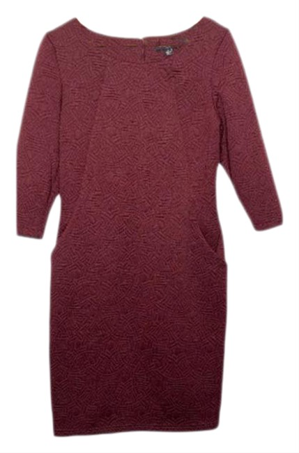 Item - Red Floral Jacquard 3/4 Sleeved Sheath Short Casual Dress Size 8 (M)