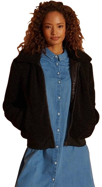 Item - Black Storm Sherpa and Fleece Activewear Outerwear Size 6 (S)