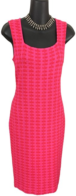 Item - Pink Red Knit Mid-length Formal Dress Size 6 (S)