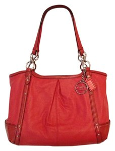 Coach Tote in coral orange