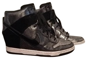 Nike Black-Silver metallic Wedges
