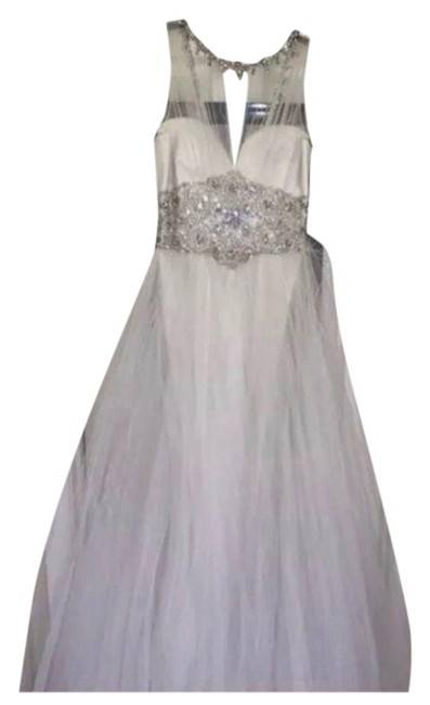 Item - White None Long Formal Dress Size 6 (S)