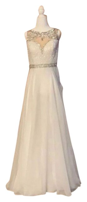 Item - White None Long Formal Dress Size 4 (S)