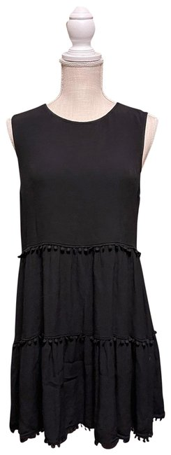 Item - Black And Tunic Layered Short Casual Dress Size 8 (M)