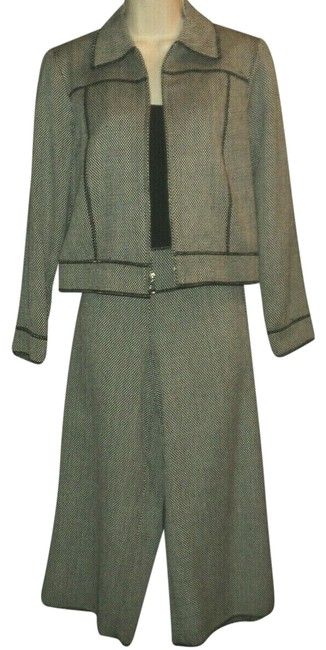 Item - Black & Off-white Tweed Capris Crops Jacket Shell Reverse Seams No Lining Pant Suit Size 0 (XS)