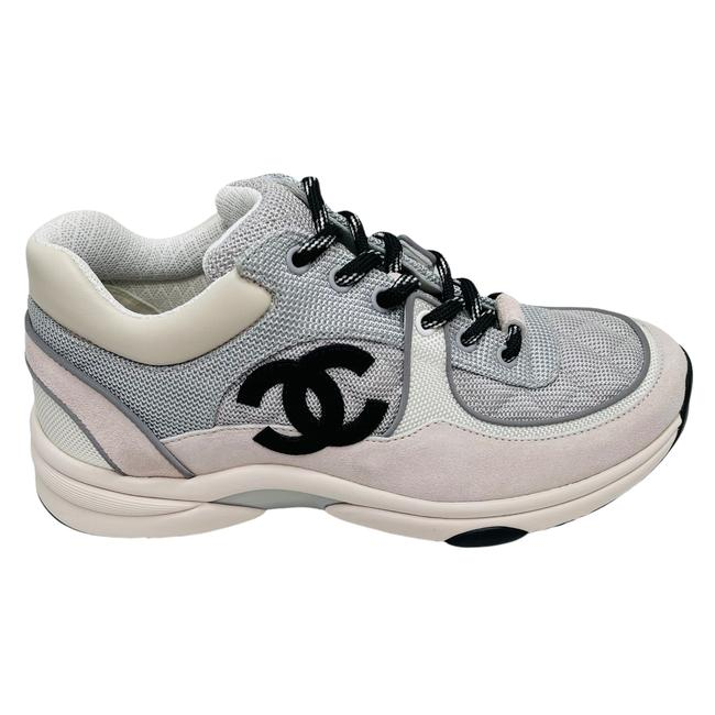Item - Black White Gray Trainer Runners Quilted Flat Cc Logo Sneakers Size EU 39.5 (Approx. US 9.5) Regular (M, B)