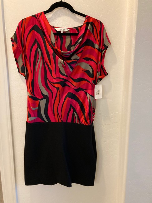 Item - Red and Black Pattern Cocktail Dress Size 8 (M)