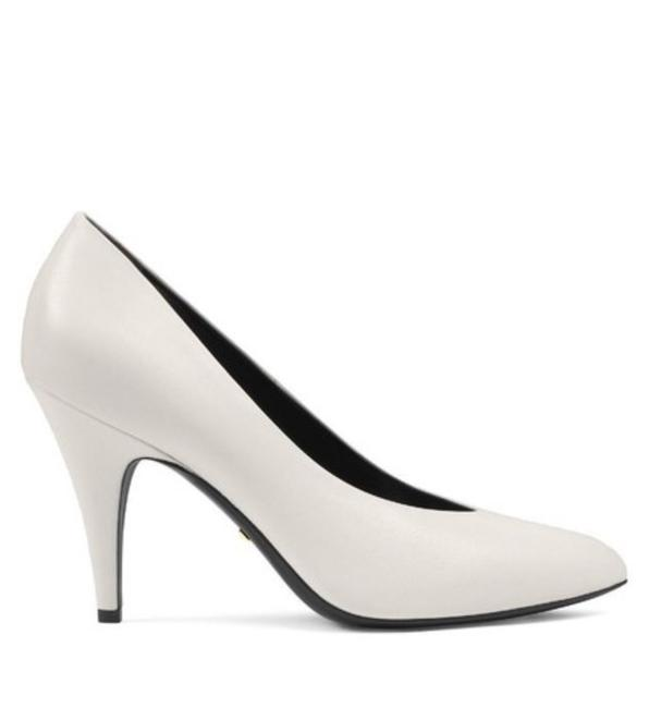 Item - Pointed Toe Leather Pumps Size EU 39.5 (Approx. US 9.5) Regular (M, B)