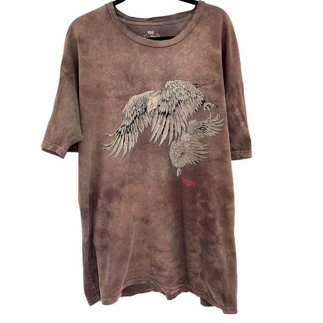 Item - Brown With Raised Hawk Tee Shirt Size 12 (L)