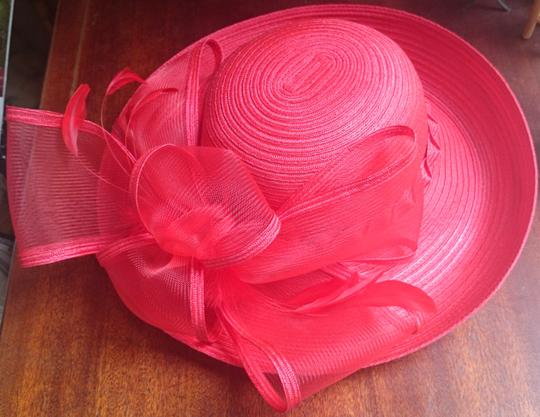 Setmar New York Lovely red hat with great bow and feathers!