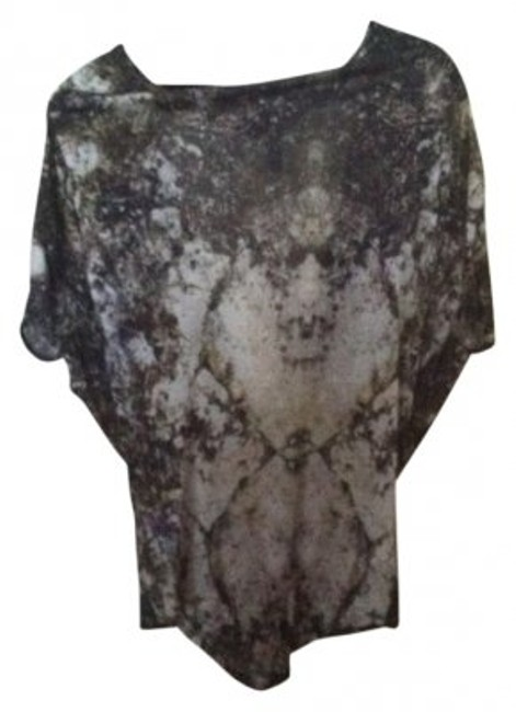 Preload https://img-static.tradesy.com/item/29830/helmut-lang-patterned-printed-with-low-cut-back-night-out-top-size-0-xs-0-0-650-650.jpg