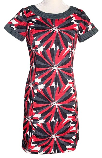 Item - Red 4r Gray Black Pink Pockets Short Sleeves Lined Crew Cocktail Dress Size 4 (S)