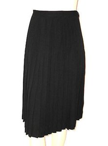 Ralph Lauren Full Pleated Classic Lined Skirt Blacks