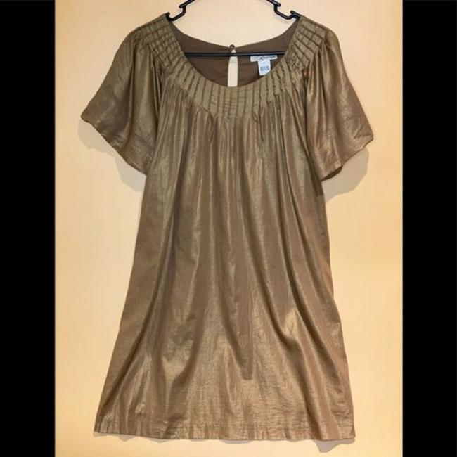 Item - Gold None Short Casual Dress Size 4 (S)