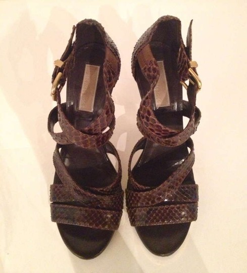Michael Kors Strappy Buckle Gold brown snakeskin Pumps