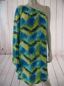 Trina Turk W Tag Silk One Sheath Ruched Batwing Sleeve Dress
