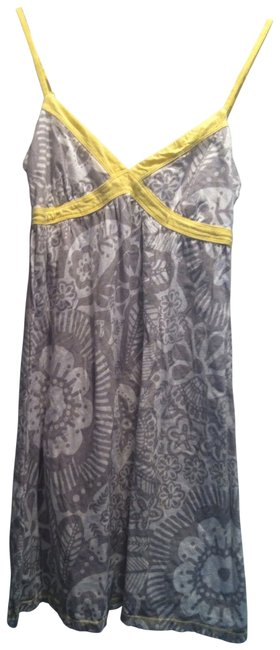 Preload https://img-static.tradesy.com/item/29892/aeropostale-white-with-gray-flower-print-and-yellow-trim-short-casual-dress-size-8-m-0-0-650-650.jpg