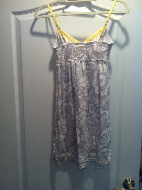 Aéropostale short dress white with gray flower print and yellow trim on Tradesy