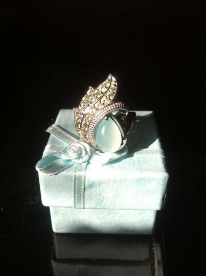 Other Peridot Gem Ring size 7