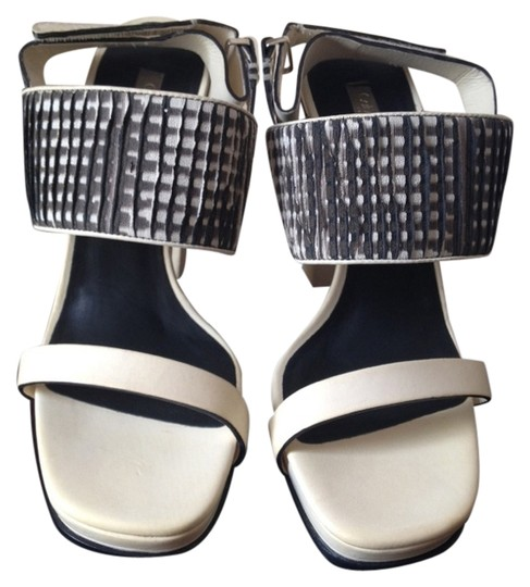Preload https://img-static.tradesy.com/item/2991991/calvin-klein-collection-white-black-new-runway-heels-chunky-sandals-size-us-7-regular-m-b-0-0-540-540.jpg