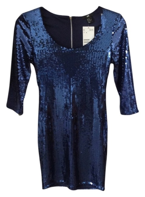 Preload https://item2.tradesy.com/images/h-and-m-blue-above-knee-night-out-dress-size-0-xs-2992981-0-0.jpg?width=400&height=650