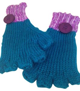 Urban Outfitters Mohair gloves