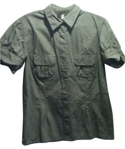 Xhilaration Button Down Shirt khaki green