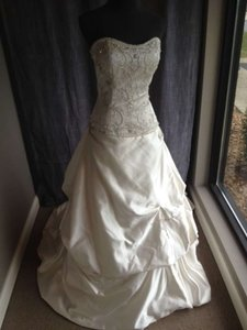 Other 18732 Wedding Dress