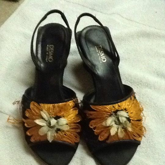Desmo Made In Italy Party Artsy Flowers Vintage Black And Orange Sandals