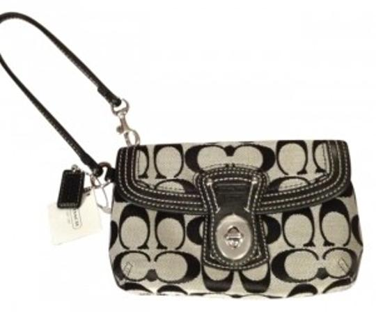 Preload https://item2.tradesy.com/images/coach-signature-black-wristlet-29956-0-0.jpg?width=440&height=440