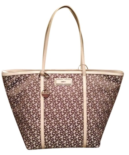 DKNY Tote in Tan
