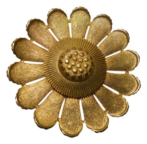 Sarah Coventry Vintage Sarah Coventry sun flower pin