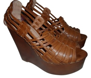 Cathy Jean SADDLE TAN Wedges