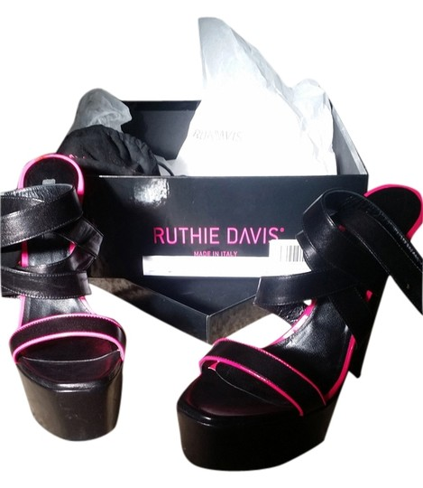 Ruthie Davis Black/Hot Pink Sandals