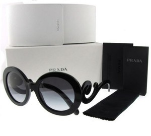 35089dbb2e7bb Prada Accessories - Up to 70% off at Tradesy