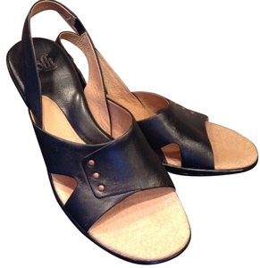 Söfft Like New Leather Comfortable Comfort black Sandals