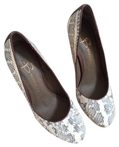B. Makowsky B. Snakeskin Multi-Color (White & Brown) Pumps