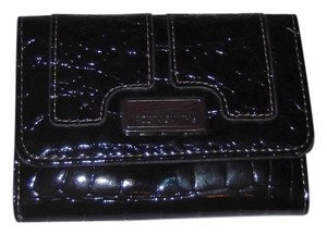 Jaclyn Smith Jaclyn Smith Black Faux Patent Leather Wallet New