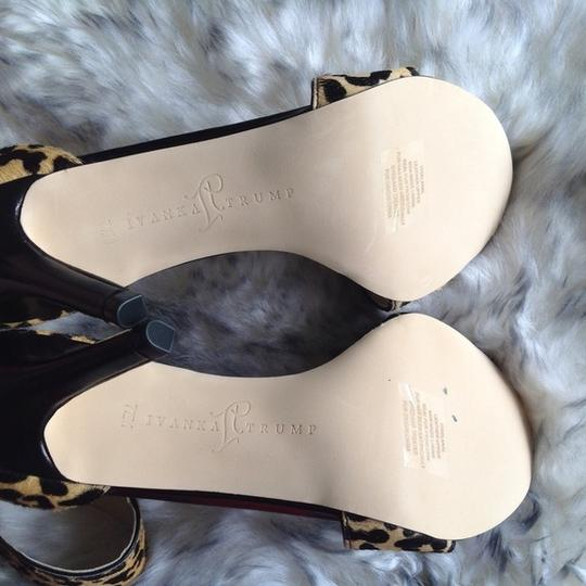 Ivanka Trump New cheetah Sandals