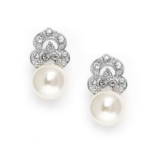 Preload https://item5.tradesy.com/images/mariell-silver-cubic-zirconia-soft-cream-pearl-vintage-3827e-earrings-3005119-0-0.jpg?width=440&height=440