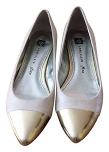 Anne Klein Ivory and Gold Flats