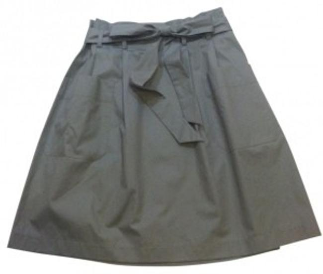 Preload https://item5.tradesy.com/images/theory-gray-knee-length-skirt-size-00-xxs-24-30059-0-0.jpg?width=400&height=650