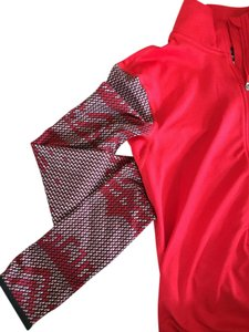 Nike Nike Pro winter-pattern red pullover