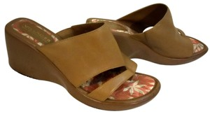 Villager Tan Wedges