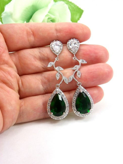 Item - Green Zircon Vine Emerald Earrings