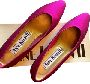 Anne Klein Satin Fucshia Gold Pointed Toe Hot Pink Flats