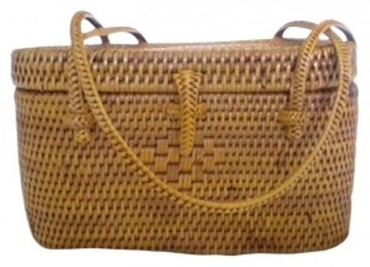 Preload https://item5.tradesy.com/images/color-hand-wood-natural-brown-wicker-clutch-30104-0-0.jpg?width=440&height=440