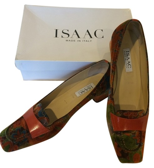 Isaac Mizrahi Velvet Orange Pumps