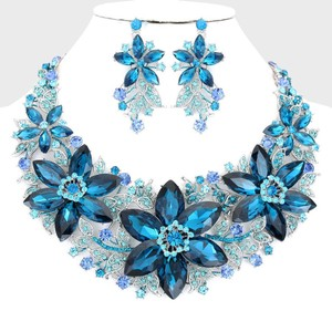 Turquoise Blue Floral Bouquet Glass Stone Necklace and Earring